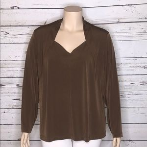 George Simonton Says 3X Brown V-Neckline Blouse